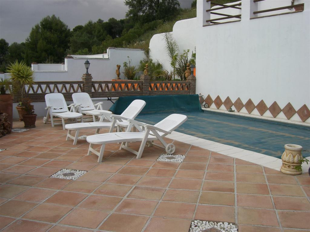 Villa Semi Detached in Alhaurin Golf, Costa del Sol