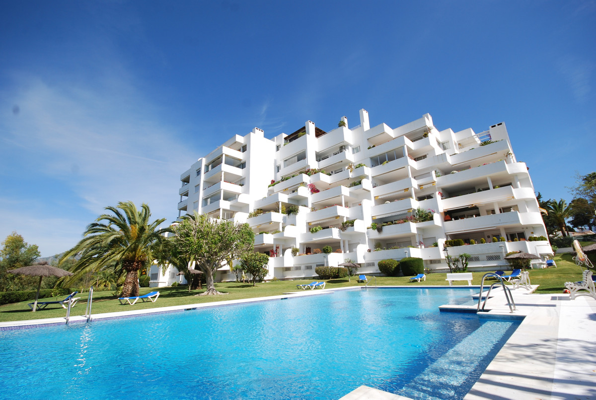 Apartment, Middle Floor  for sale    en Guadalmina Alta