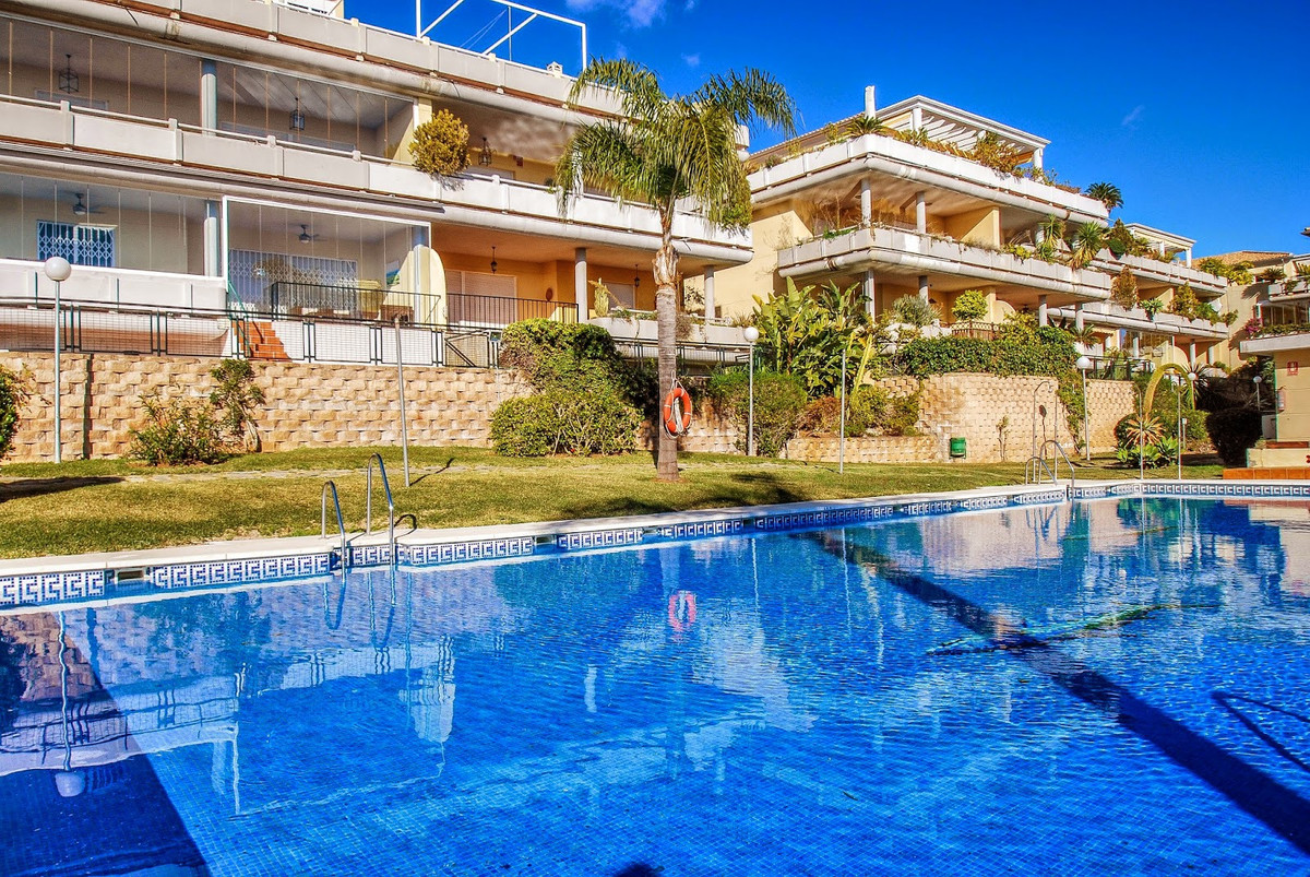 Apartment  Ground Floor for sale   in Cabopino