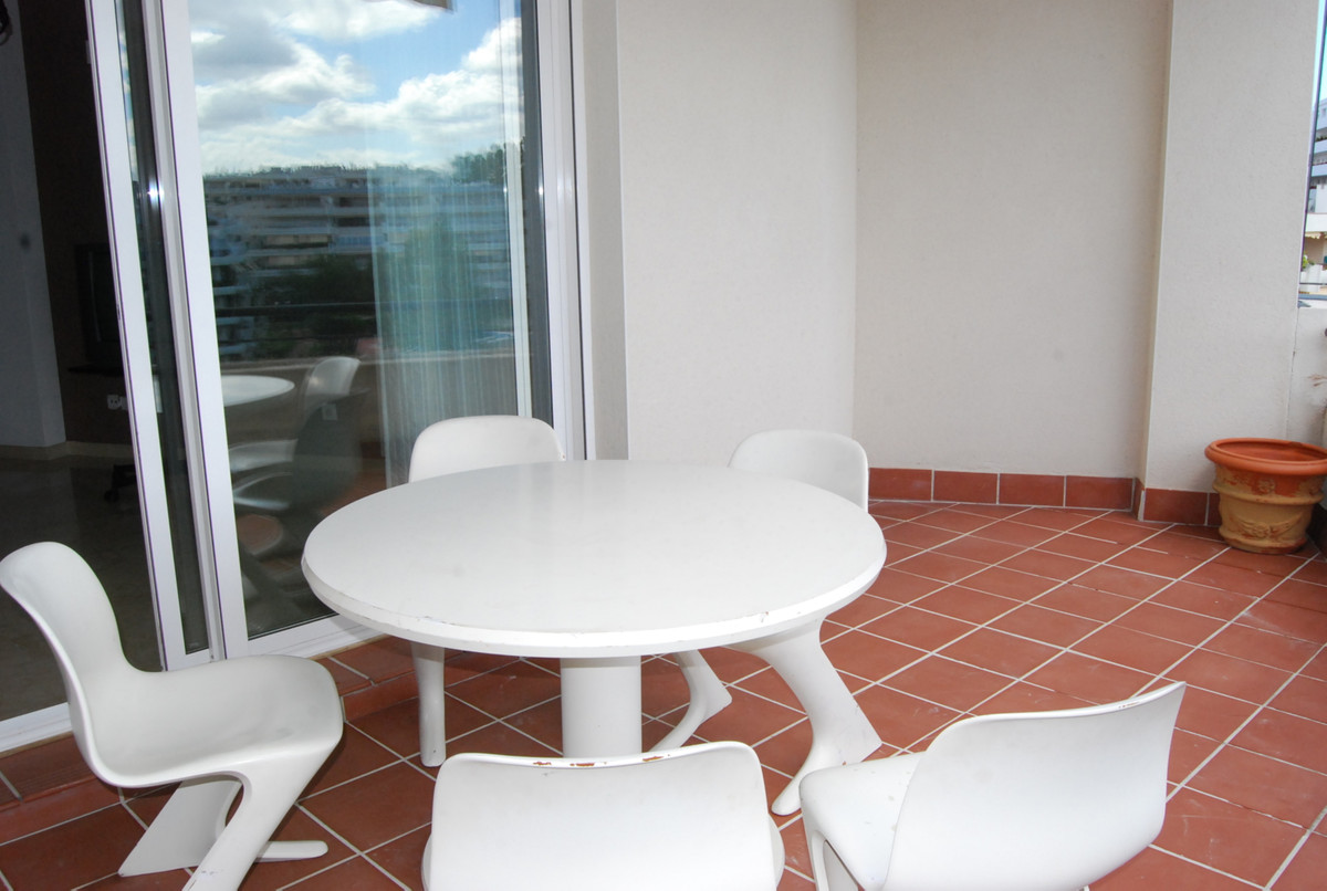 Apartment Penthouse in Guadalmina Alta, Costa del Sol