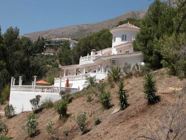 Villa Detached in Valtocado, Costa del Sol