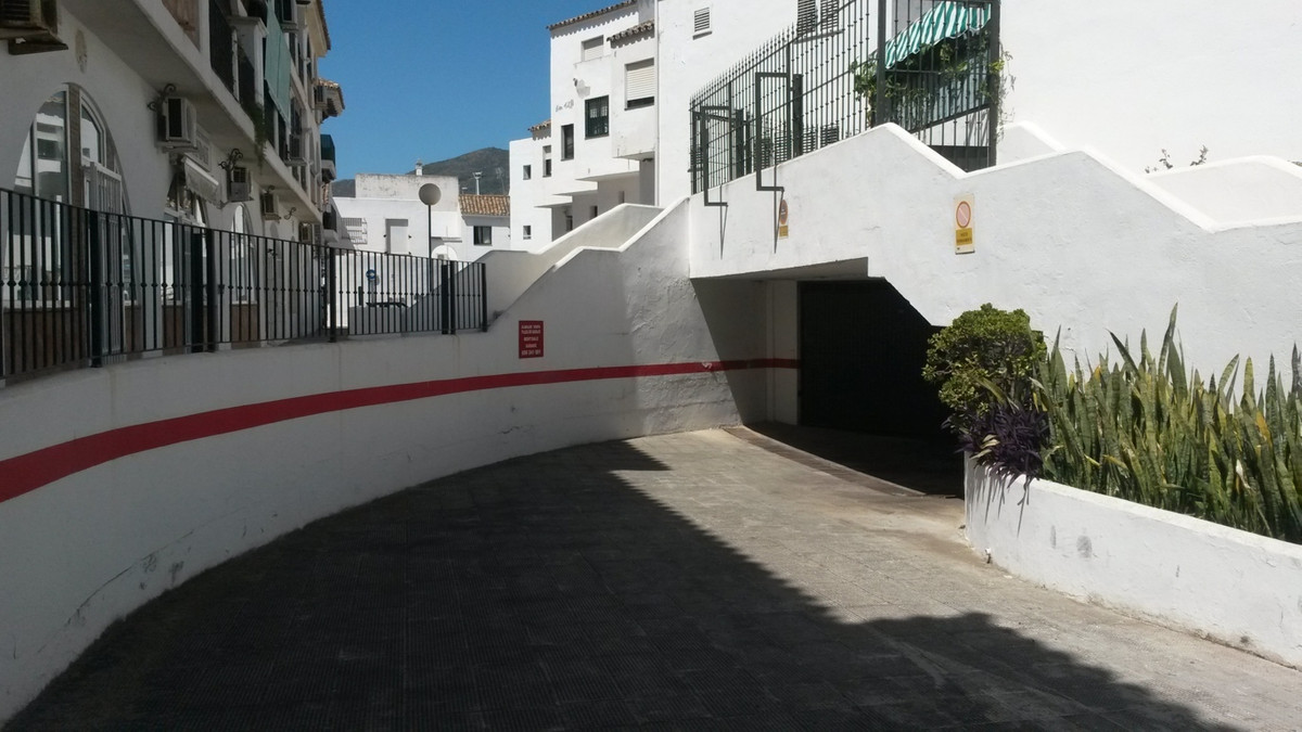 Commercial  Garage 													for sale  																			 in Arroyo de la Miel