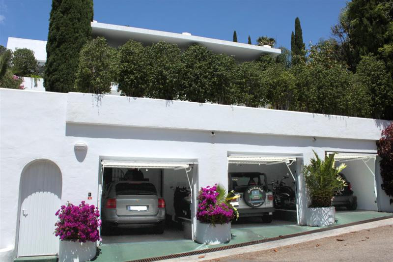 Villa  Semi Detached for sale   in Río Real