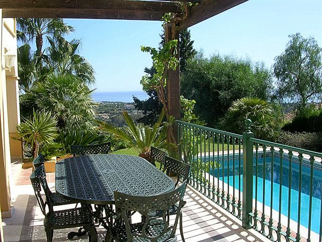 Villa Detached in El Paraiso, Costa del Sol