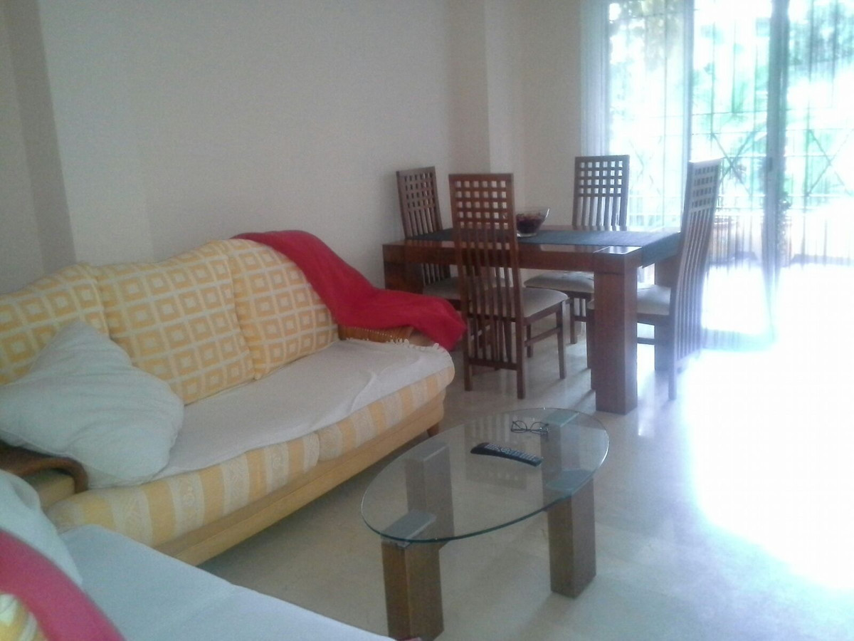 Apartment  Middle Floor 													for sale  																			 in Riviera del Sol