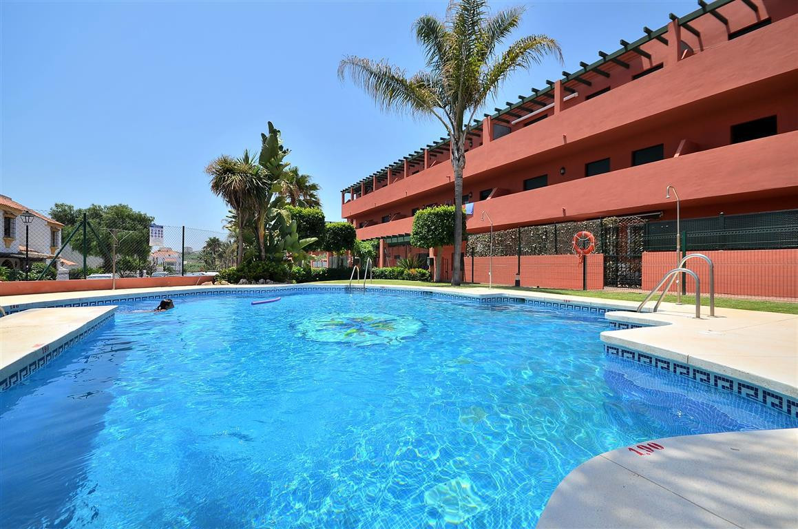 Appartement, Mi-étage  en vente    à Casares Playa