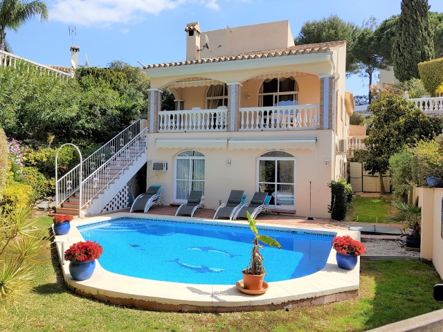 Villa  Detached 													for sale  																			 in Calahonda