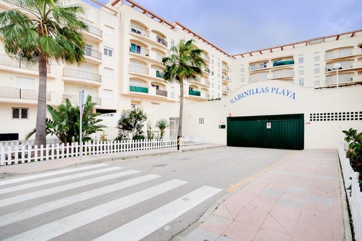 Appartement, Mi-étage  en vente    à San Luis de Sabinillas