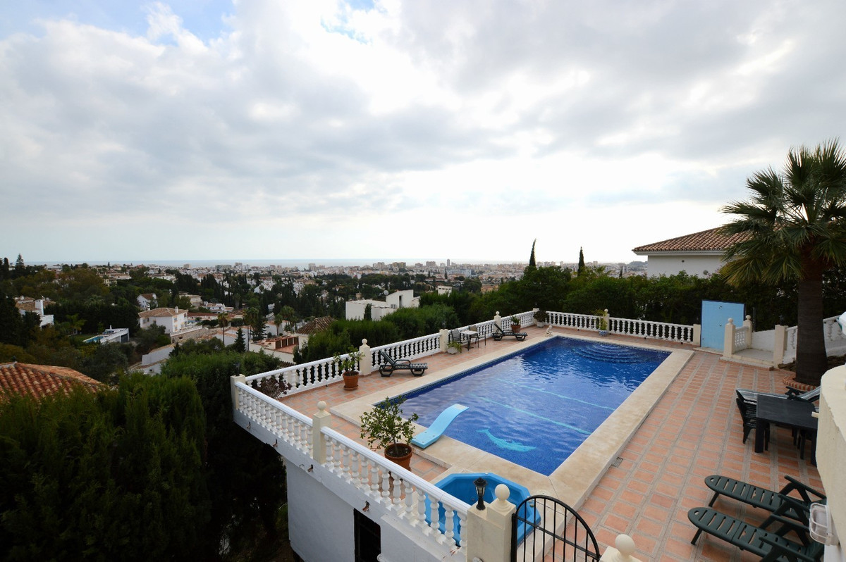 Villa  Detached 																					for rent 																			 in Campo Mijas