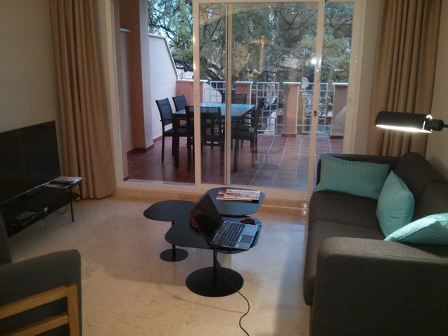 Apartment  Middle Floor 																					for rent 																			 in Elviria