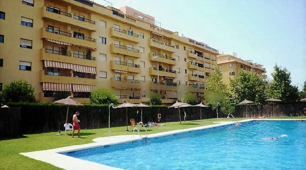 Apartment Middle Floor in San Pedro de Alcántara, Costa del Sol