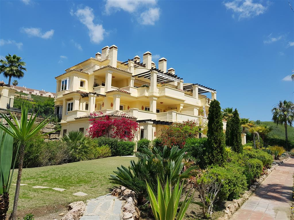 Apartment  Middle Floor for sale   in Casares Playa