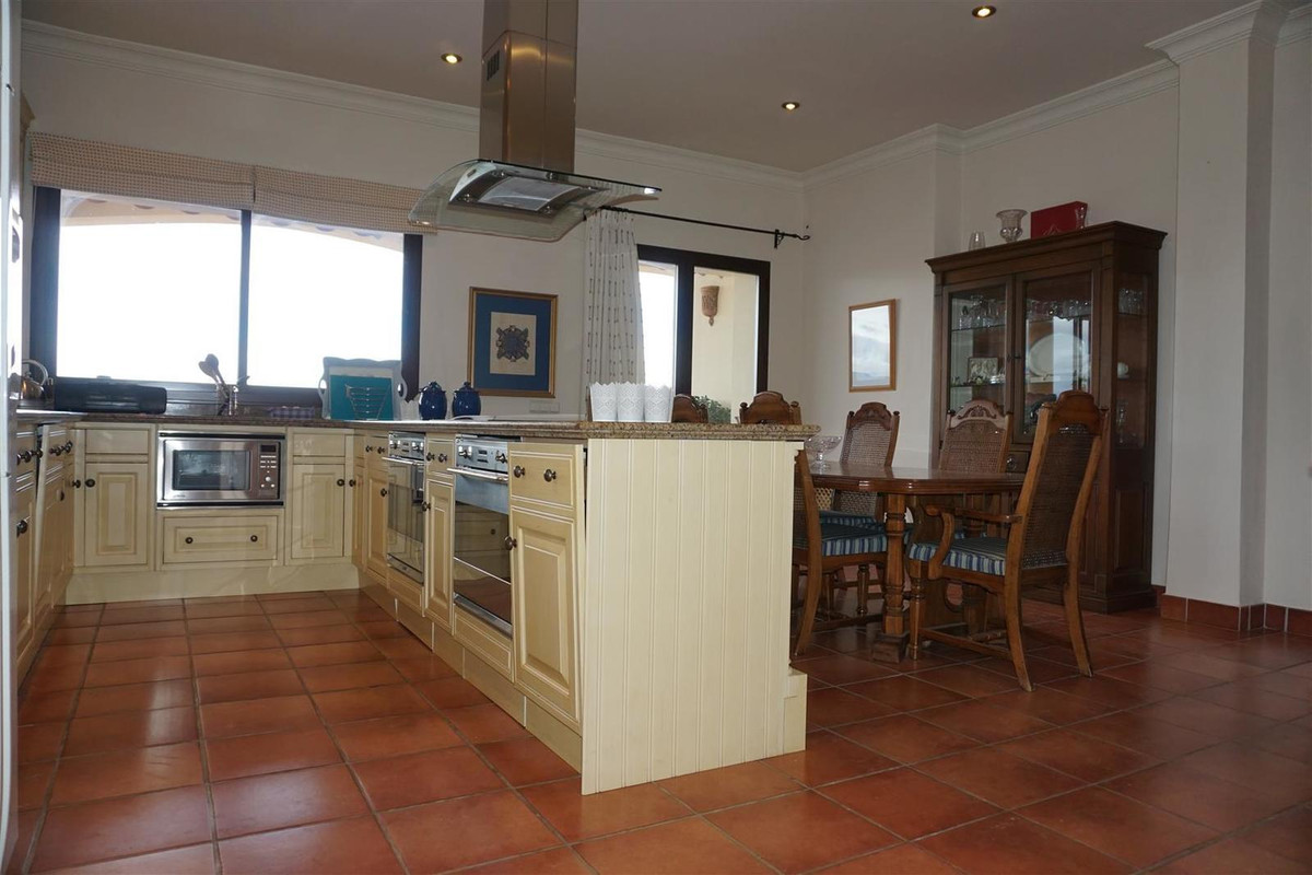 Villa Detached in Alhaurín el Grande, Costa del Sol