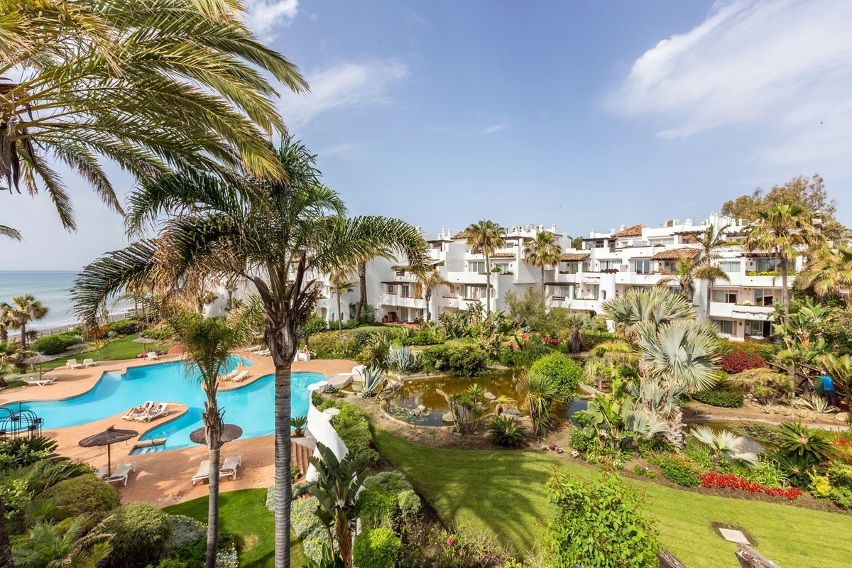 Appartement  Penthouse 																					en location 																			 à Puerto Banús