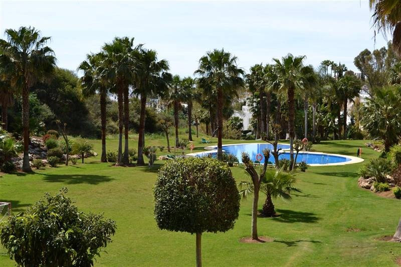 Plot Residential in The Golden Mile, Costa del Sol