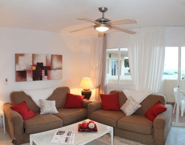 Appartement  Rez-de-chaussée en location  à Riviera del Sol