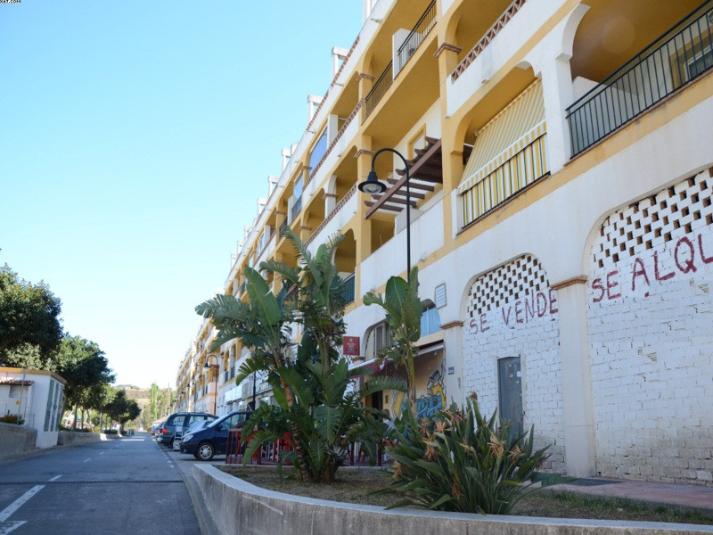 Commercial  Shop for sale   in Mijas Golf