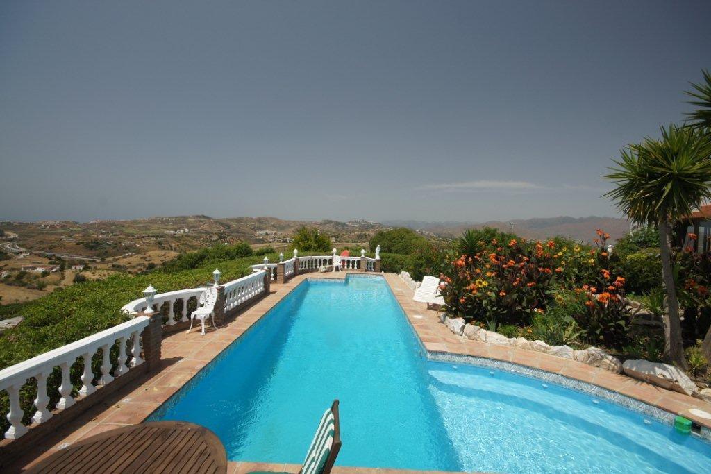 Villa  Finca for sale   in La Cala