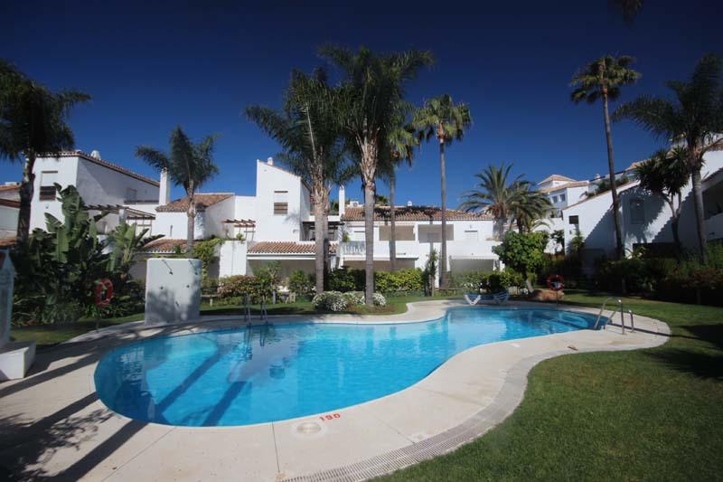 Appartement  Rez-de-chaussée en vente   à Bahía de Marbella
