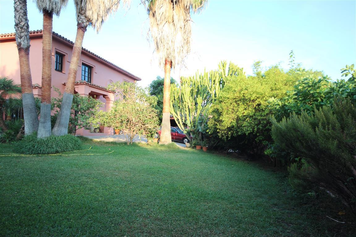 Villa  Detached 													for sale  																			 in Guadalmina Alta