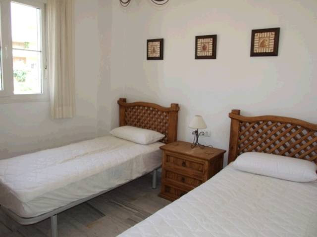 Apartment Middle Floor in Cabopino, Costa del Sol
