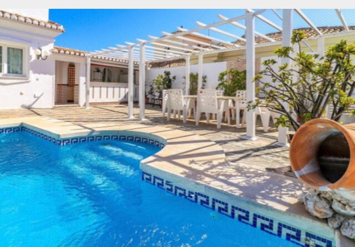 Villa Detached in Arroyo de la Miel, Costa del Sol