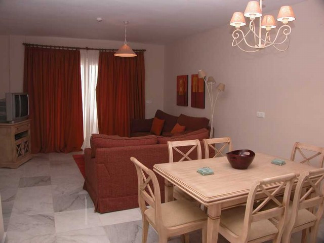 Apartment Middle Floor in Alhaurín de la Torre, Costa del Sol