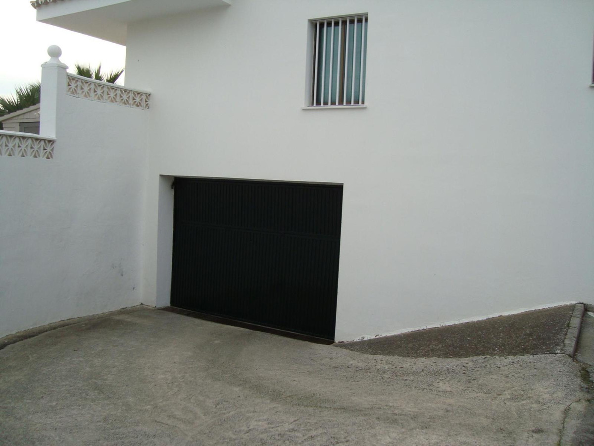Commercial, Garage  for sale    en Estepona