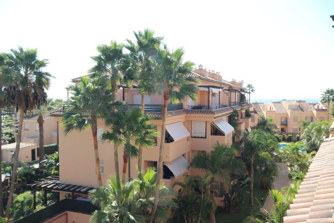 Apartment Penthouse in El Rosario, Costa del Sol