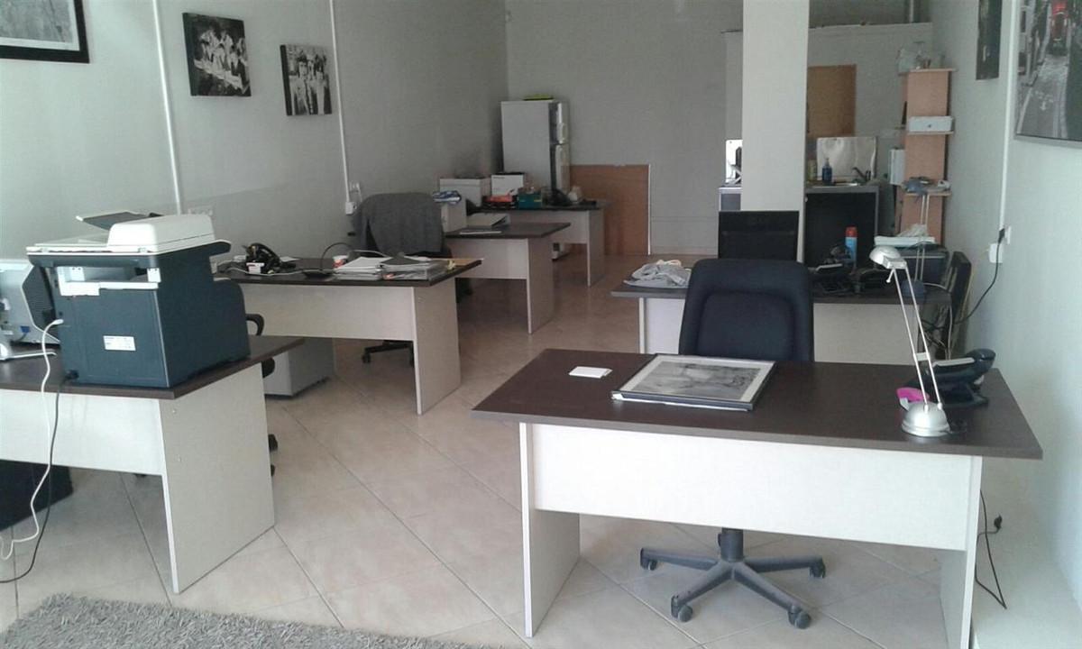 Oficina  en venta    en El Faro