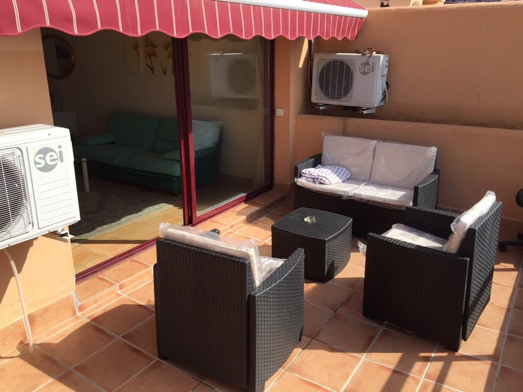 Appartement  Rez-de-chaussée en vente   à Calahonda