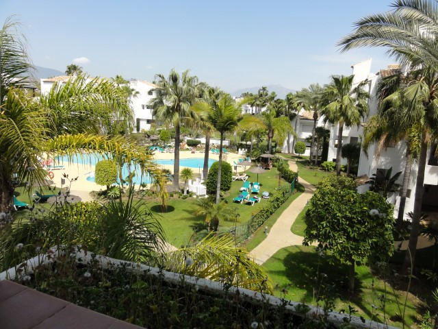 Apartment Middle Floor in Costalita, Costa del Sol