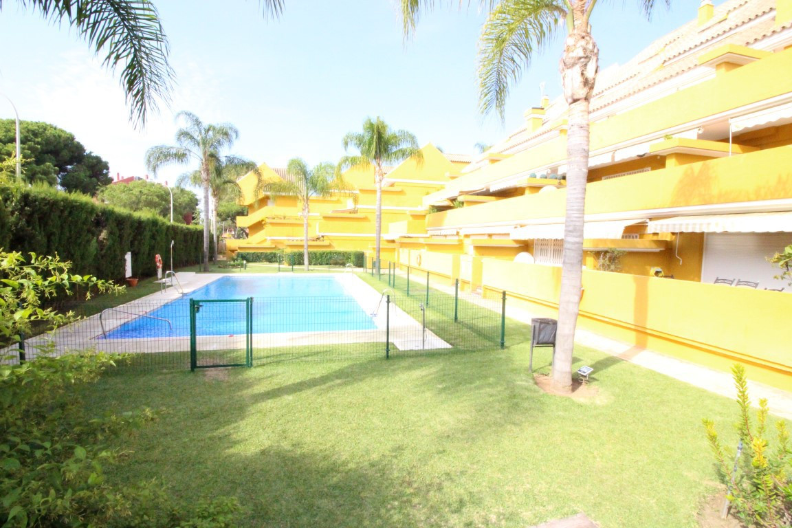Apartment  Ground Floor 													for sale  																			 in Elviria