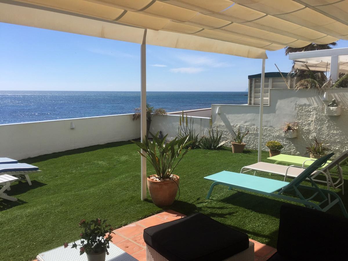 Apartamento  Planta Baja en venta   en Estepona
