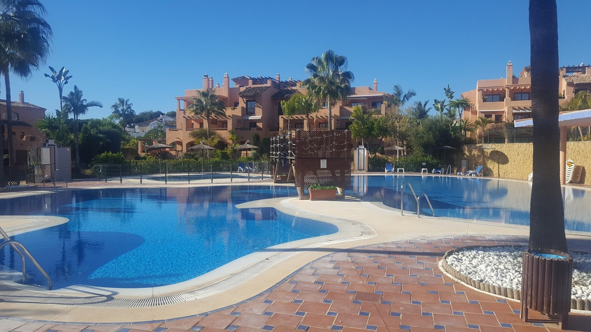 Apartment  Ground Floor 													for sale  																			 in Hacienda del Sol