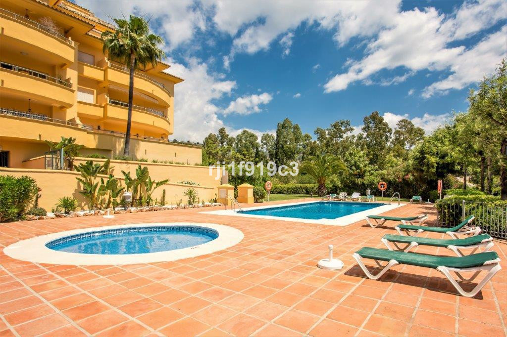 Apartment  Middle Floor 													for sale  																			 in Río Real