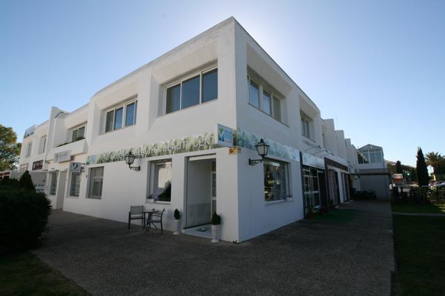 Tienda  en venta    en Guadalmina Alta
