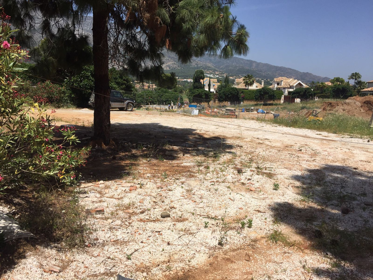Plot  Residential 													for sale  																			 in The Golden Mile