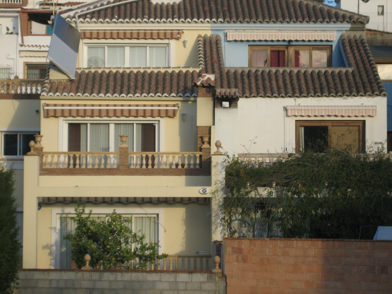 Villa  Semi Detached 													for sale  																			 in El Coto