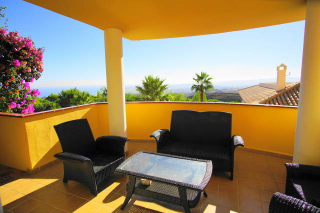 Villa  Semi Detached 													for sale  																			 in Benalmadena