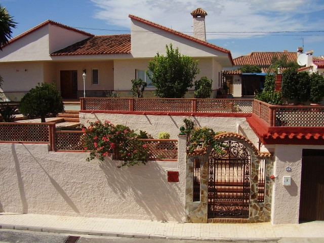 Villa Detached in Estacion de Cartama, Costa del Sol