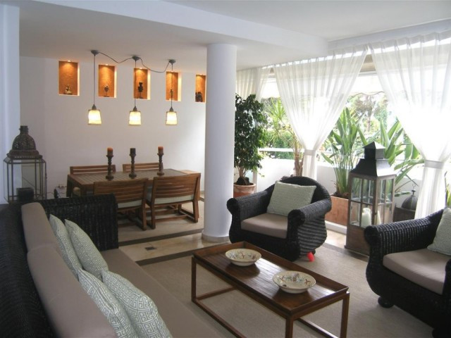 Apartment  Ground Floor for sale   in Río Real