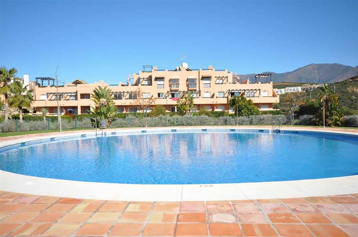 Appartement  Mi-étage 																					en location 																			 à Casares Playa