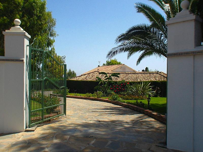 Villa Detached in Benalmadena Pueblo, Costa del Sol