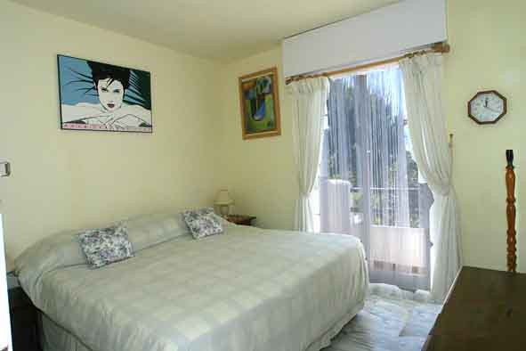 Townhouse Terraced in New Golden Mile, Costa del Sol