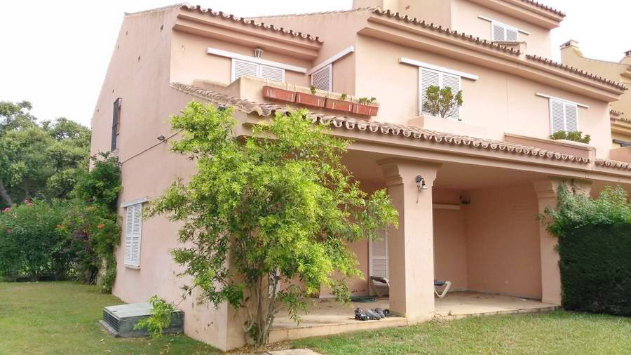 Apartment  Ground Floor 													for sale  																			 in San Roque