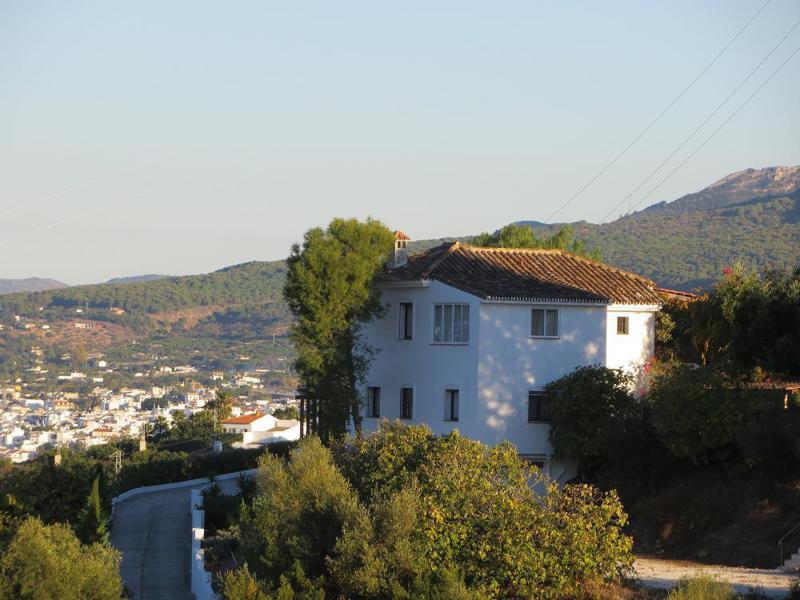 Villa  Detached for rent  in Alhaurín el Grande