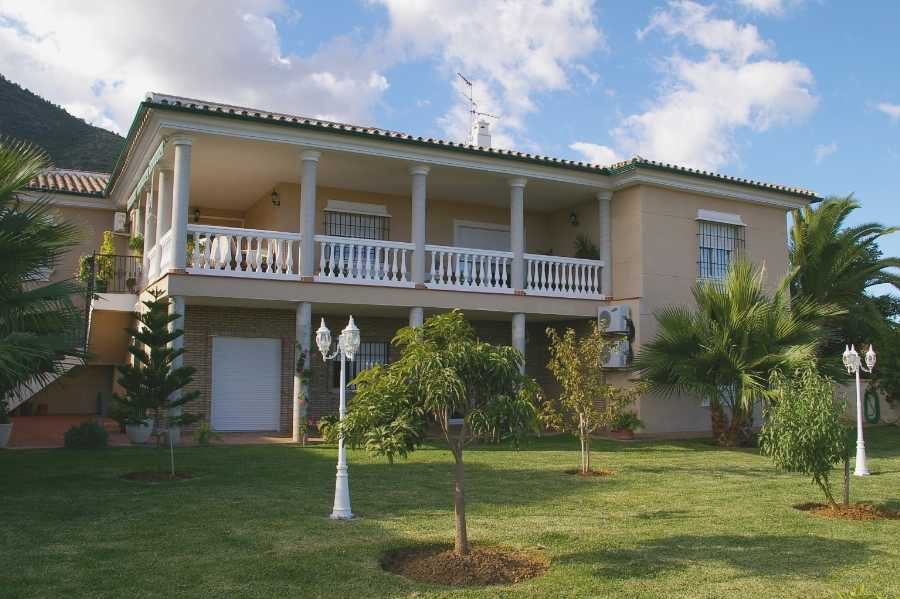 Villa Detached in Alhaurín de la Torre, Costa del Sol