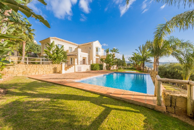 Villa  Detached 													for sale  																			 in Los Monteros