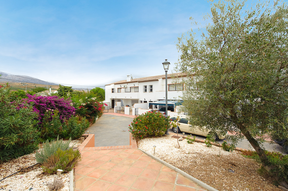 Townhouse Terraced in El Chorro, Costa del Sol
